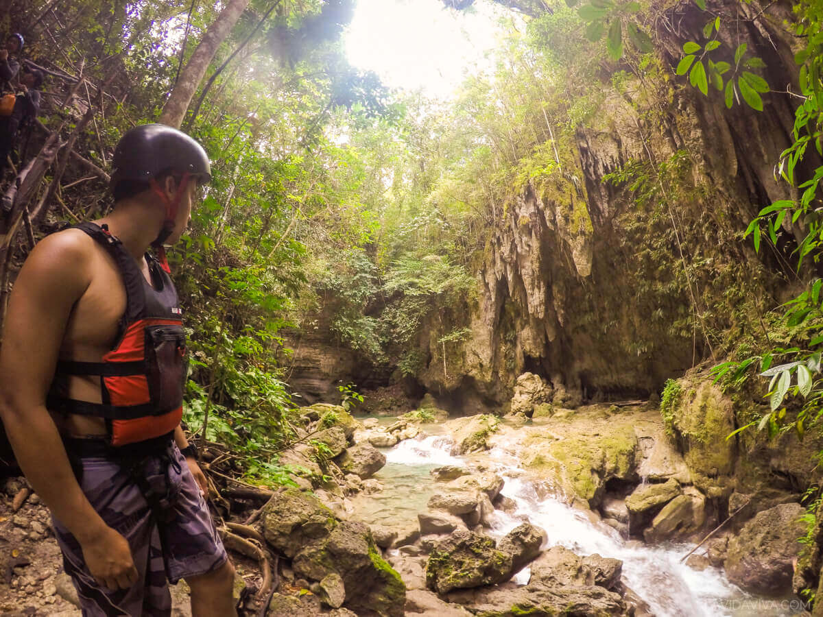 Go pro canyoneering Kawasan Falls