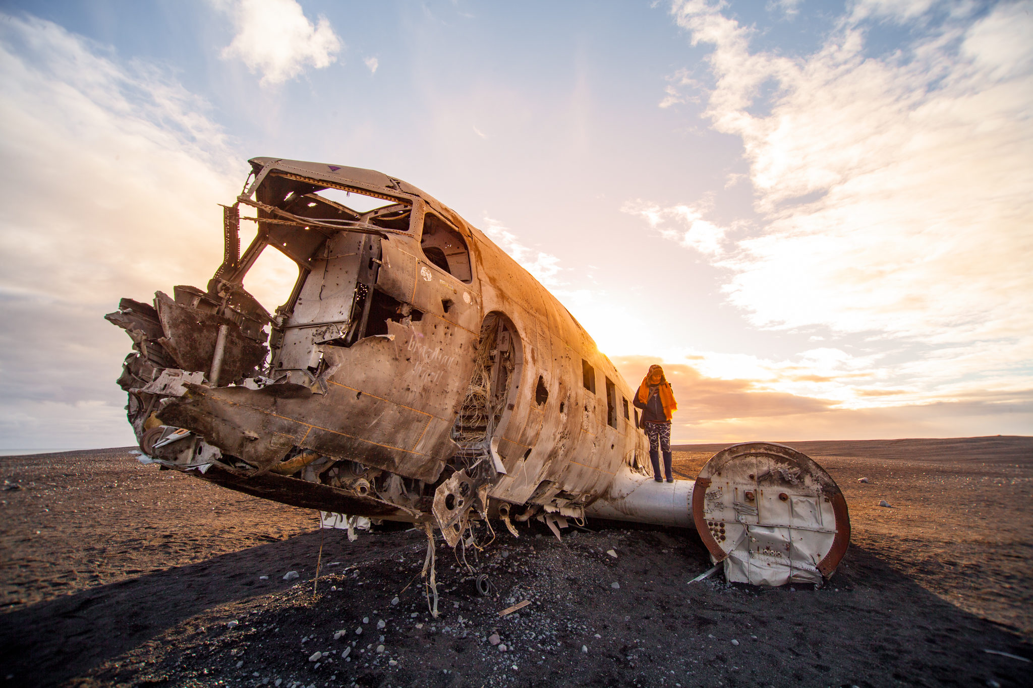Iceland plane crash during sunset