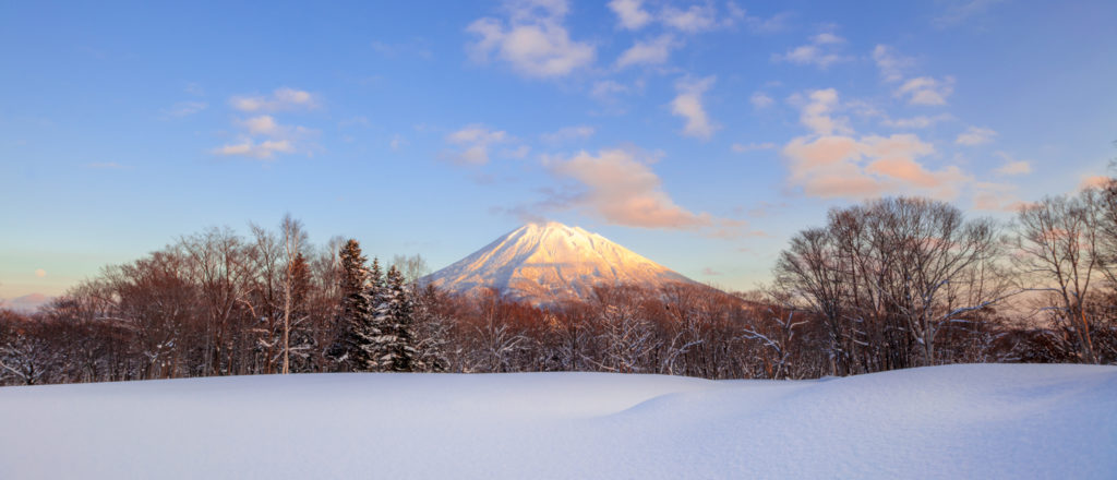 Snow on Mt Yotei photography